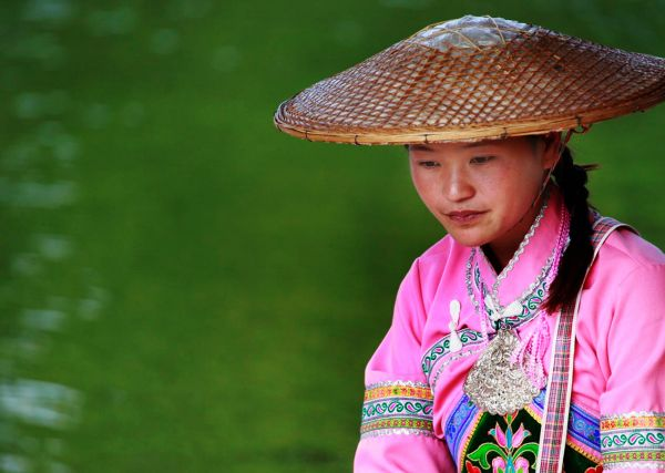 """notes on chinese woman the The """"leftover women,"""" sandberg notes, """" """"leftover women"""" chinese single women aren't buying it psych central retrieved on march 18, 2018."""