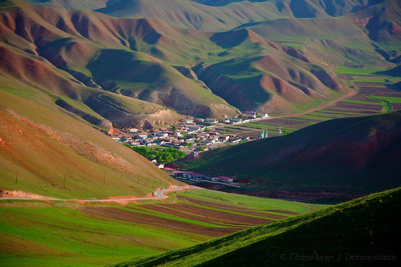 Gansu, mountains