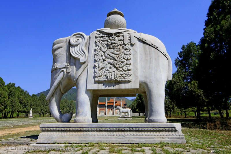 Qing dynasty, Beijing, sacred way, elephant