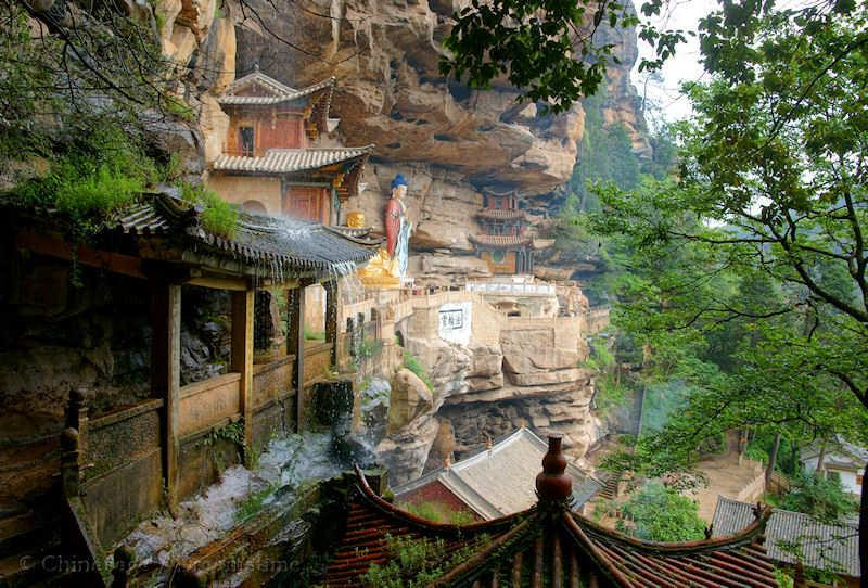 Tang dynasty, Yunnan, temple, mountains